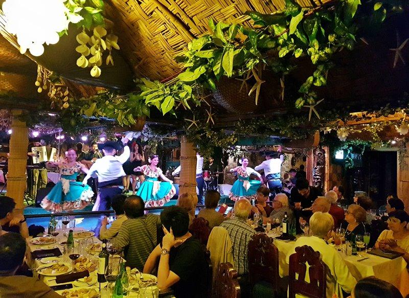 Bali Hai Santiago: jantar com show