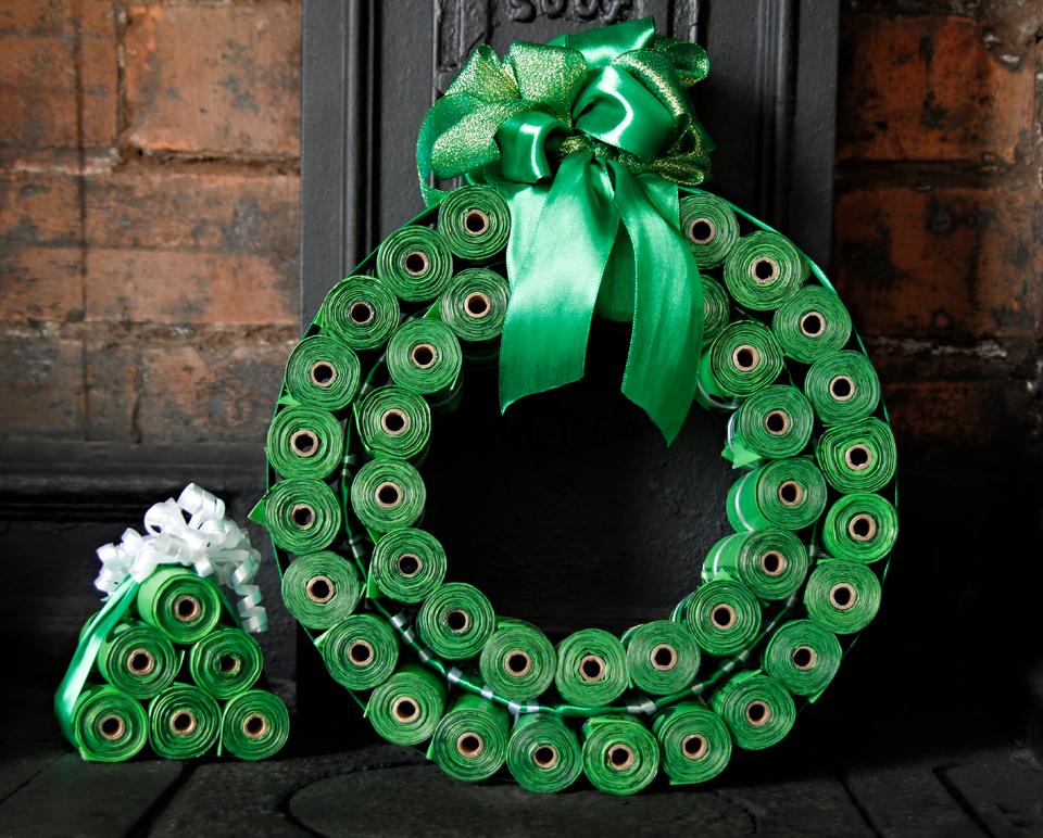 Dalmatian DIY: DIY Dog Poop Bag Christmas Wreath + Mini ...