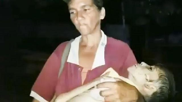 Η εικόνα που συγκλόνισε τον κόσμο - Η μάνα με το νεκρό παιδί της στα χέρια της