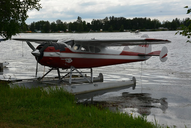 Lakefront Hotel Anchorage floating plane