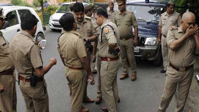 फर्जी दारोगा गिरफ्तार, लॉकडाउन में दारोगा बन पुलिसकर्मियों को लगाता था फटकार