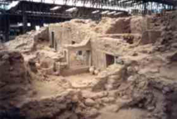 Quotidiano honebu di storia e archeologia archeologia for 1 1 2 piani di cottage storia