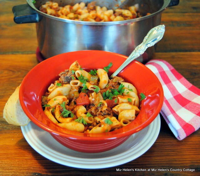 Old Fashioned One Pot Goulash At Miz Helen's Country Cottage