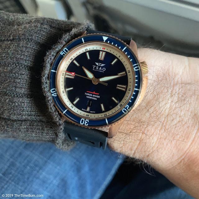Tsao Baltimore Torsk-Diver bronze, blue dial, sapphire bezel wrist