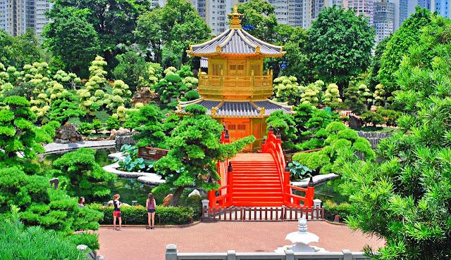 the garden at Chi Lin Nunnery and Nan Lian Garden