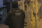Polícia Civil cumpre mandados e investigado por homicídio é preso em Maruim