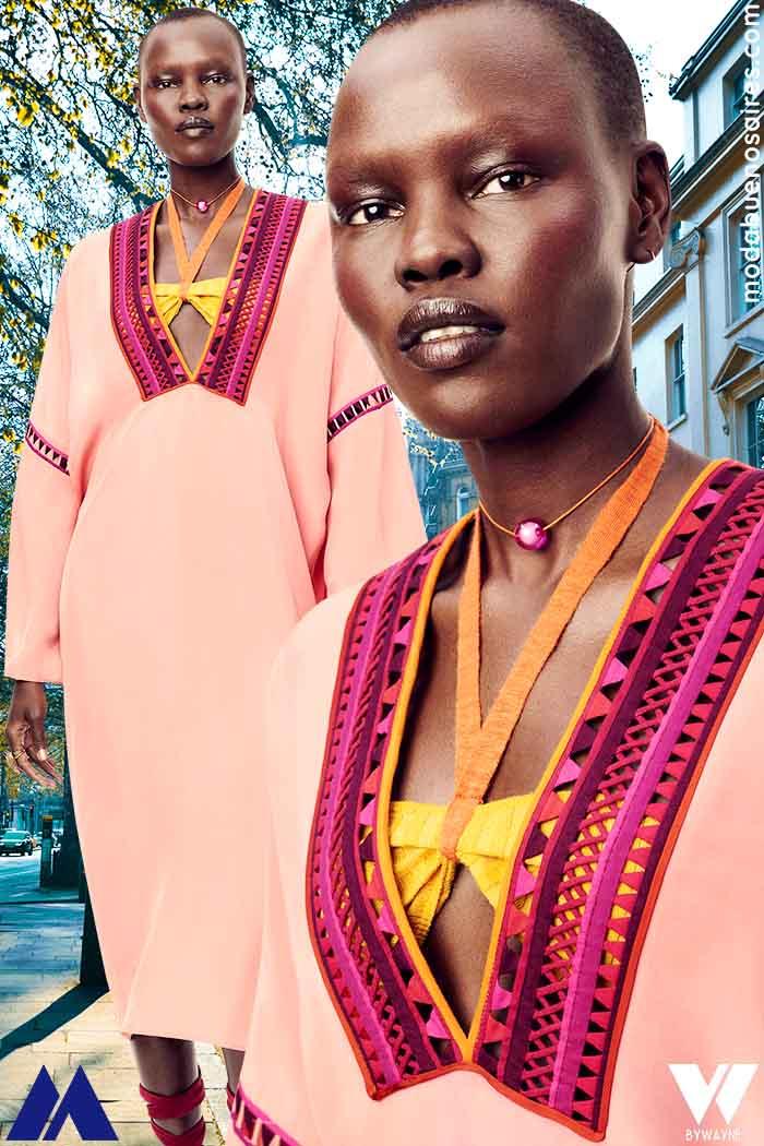 Estilo años 70 moda mujer verano 2022 vestidos