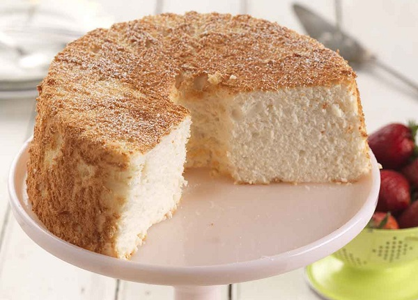 How to make cakes without milk and eggs
