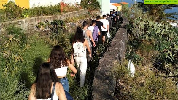 La Policía local de Santa Cruz de La Palma disuelve y sanciona una congregación organizada por menores