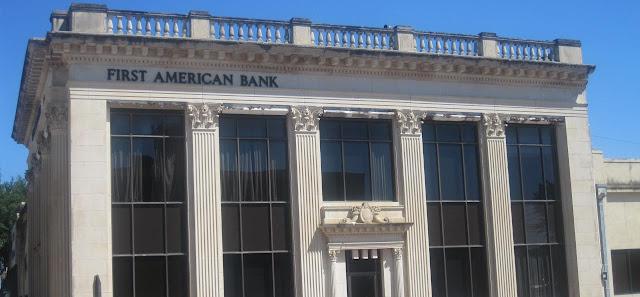 Servicios bancarios y Derecho civil