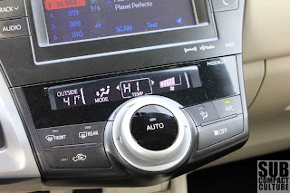 2012 Toyota Prius v climate control - Subcompact Culture