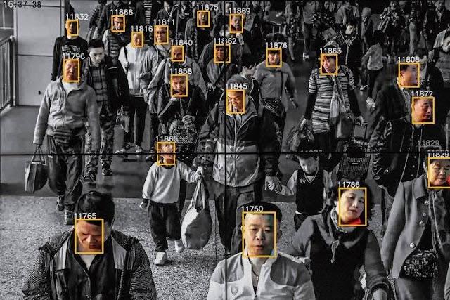 Đối với Trung Quốc - tuân theo sự áp đặt Hiến Pháp do TQ đặt ra là tự sát