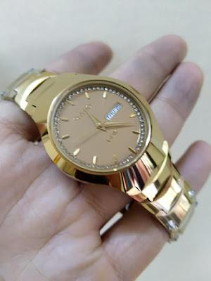 Đồng hồ đeo tay Rado