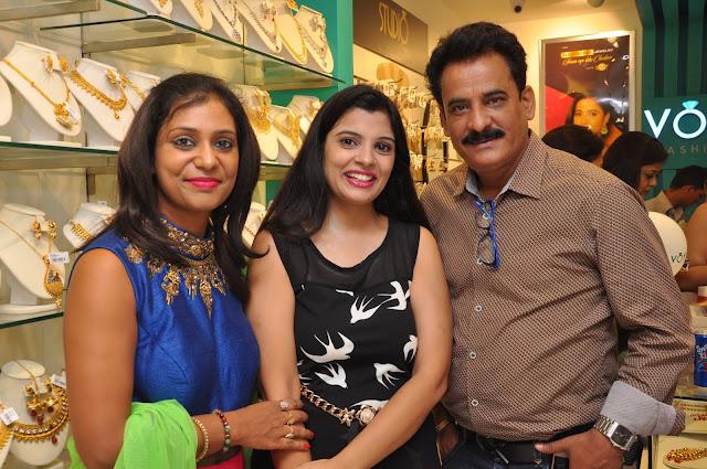 Parul Agarwal, Tina and Krishan Tewari
