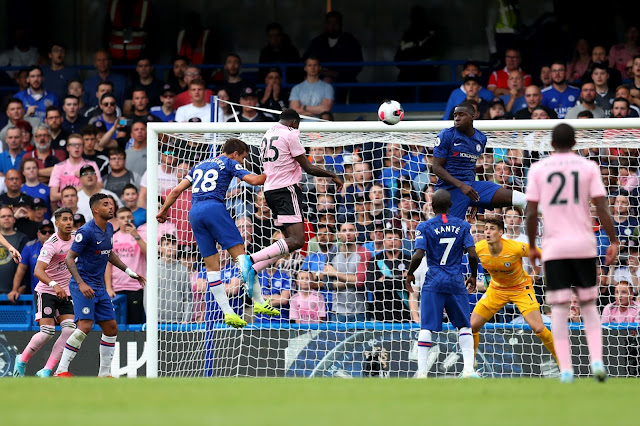 Wilfred Ndidi heads in the equalizer for Leicester city against Chelsea