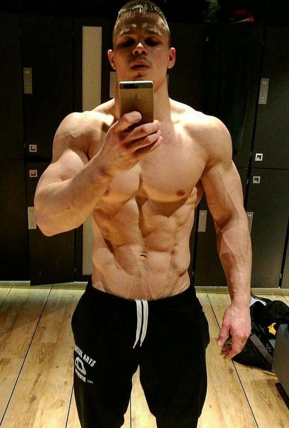sexy-masculine-muscle-beast-veiny-body-huge-arms-biceps-russian-alpha-male