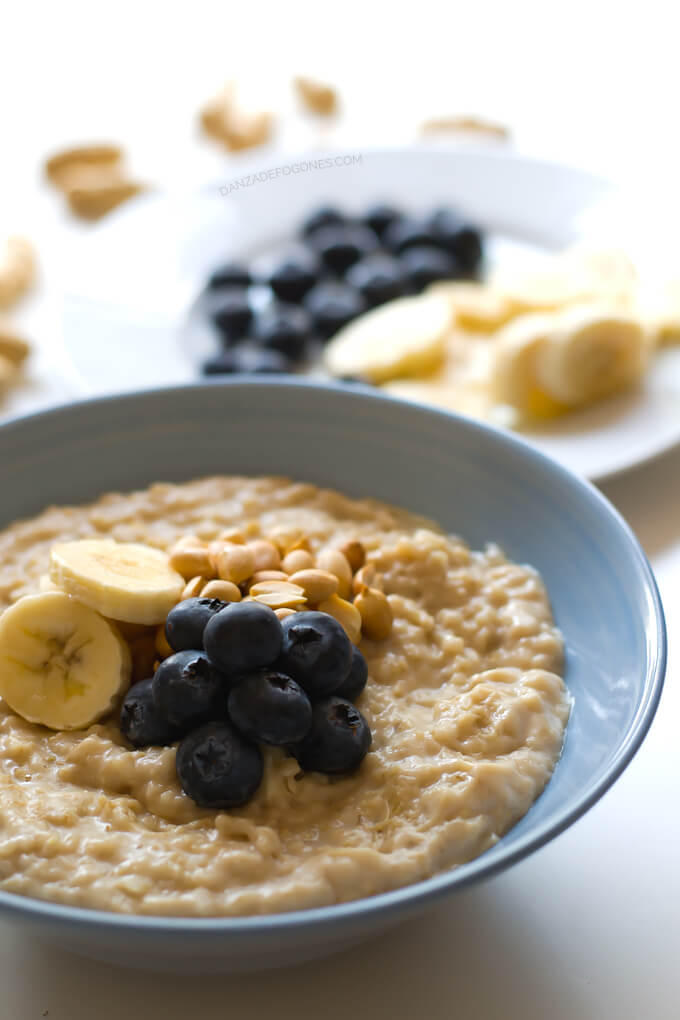 Peanut butter porridge in 15 minutes | danceofstoves.com