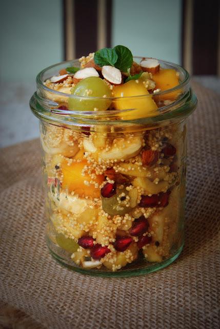 melasa z trzciny cukrowej,melasa,Skworcu,popping,amarantus ekspondowany,mango,acerola,sok z acerola,mięta,migdały,winogrona,banany,jabłka,sałatka owocowa,sałatki,zdrowe odżywianie,zdrowa żywność