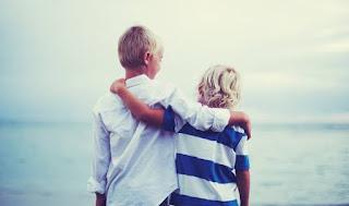 Τα 30 καλύτερα αποφθέγματα για τη φιλία