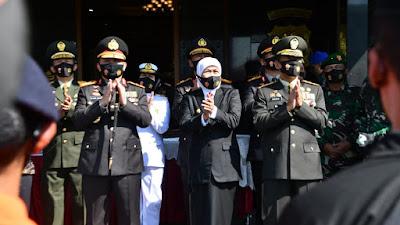 Peringati HUT ke-74 Bhayangkara, Gubernur Khofifah:  Polri Makin Profesional dan Modern