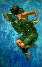 mujeres-bajo-el-agua-arte-que-sorprende mujeres-pintadas-bajo-el-agua