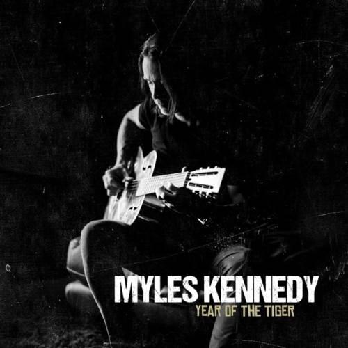 "MYLES KENNEDY: Lyric video για το νέο κομμάτι ""Love Can Only Heal"""