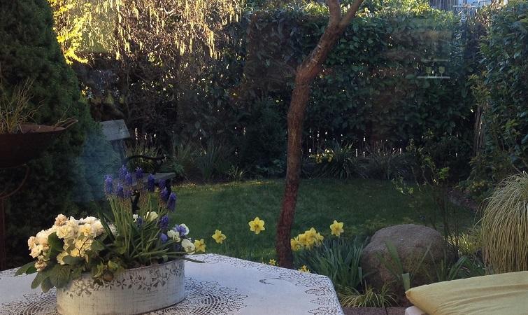 Frühlingsgarten Deko