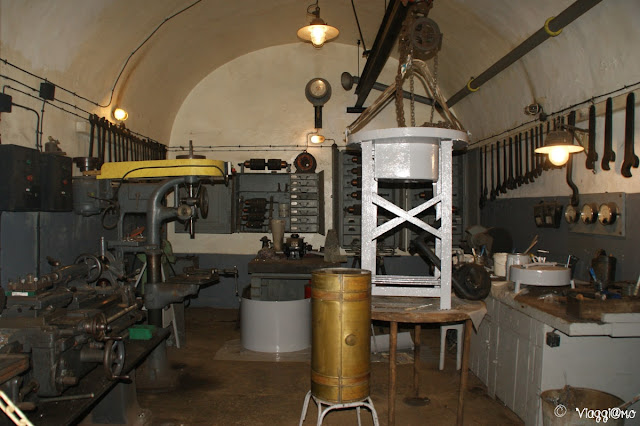Una delle sale macchine del Fort de Schoenenbourg