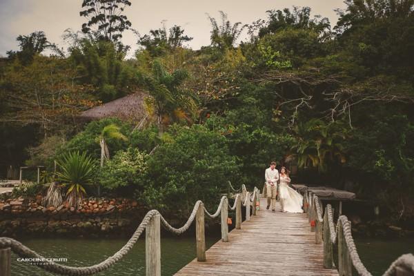 Cásate en Brasil en una península como ninguna - Foto: Berries and Love Photography
