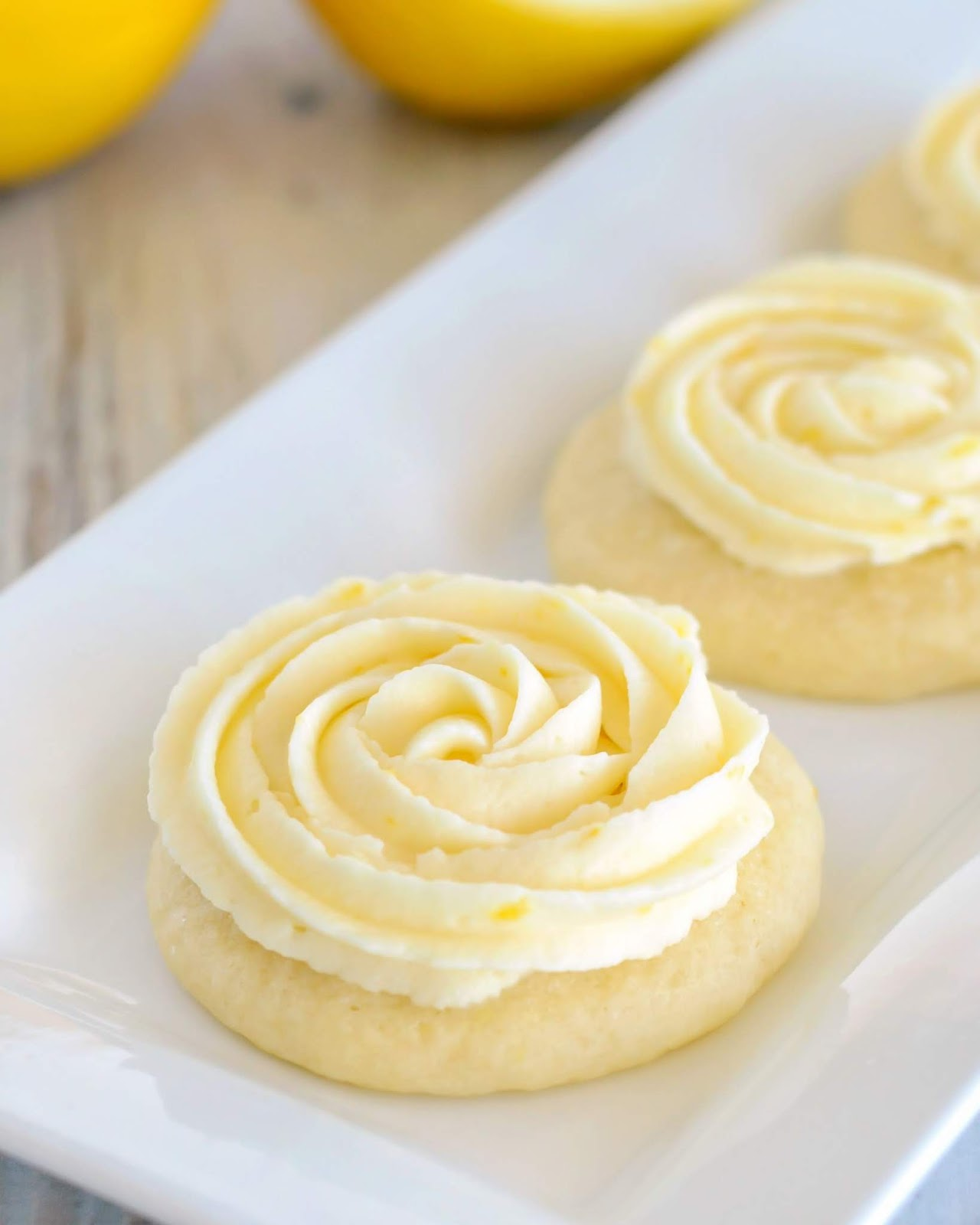 LEMON SUGAR COOKIES #cookies #desserts #lemon #bars #pie