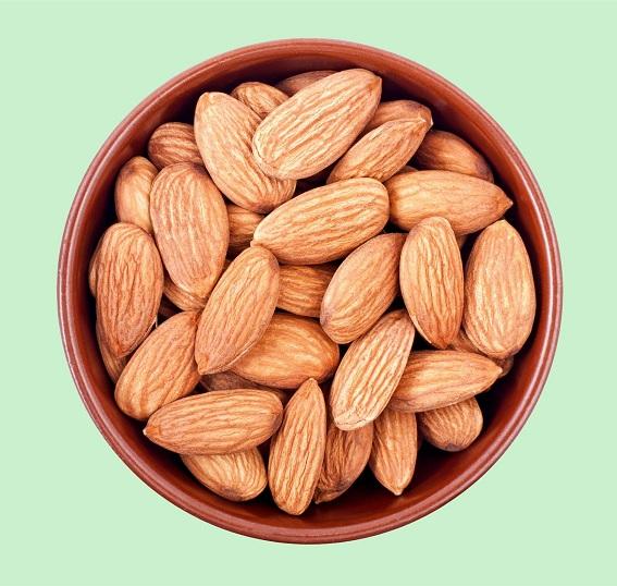 32 Manfaat Kesehatan Terbukti Dari Almond (Badam) Untuk Kulit, Rambut & Kesehatan