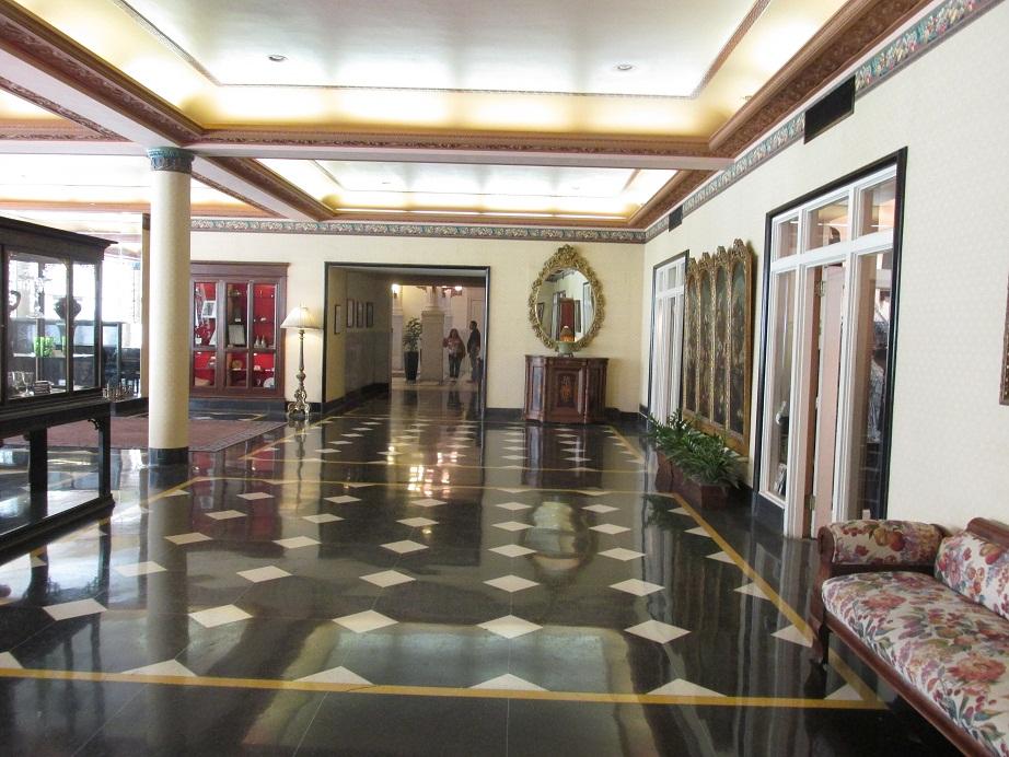 Menger Hotel Rooms