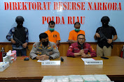 Direktorat Narkoba Polda Riau  Ringkus 2 Pelaku Dan Sita 15,8 Kg Sabu