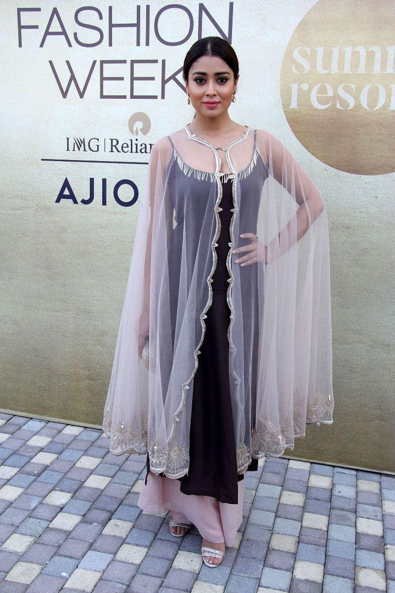 Shriya Saran At Lakme Fashion Week Summer 2017
