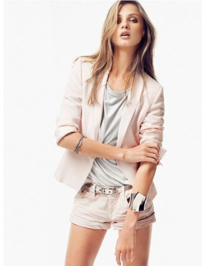 Pastel-colour-trend-outfit-ideas
