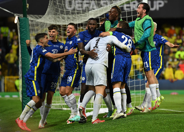 Chelsea players mob kepa after his super cup heorics