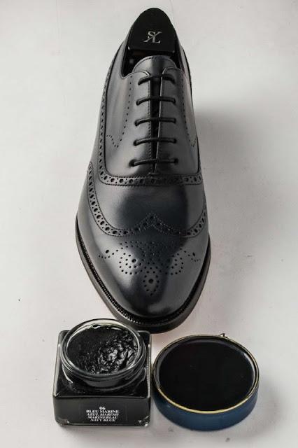 Đánh bóng giày da