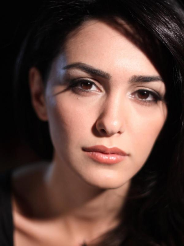 Iranian actress Nazanin Boniadi Images