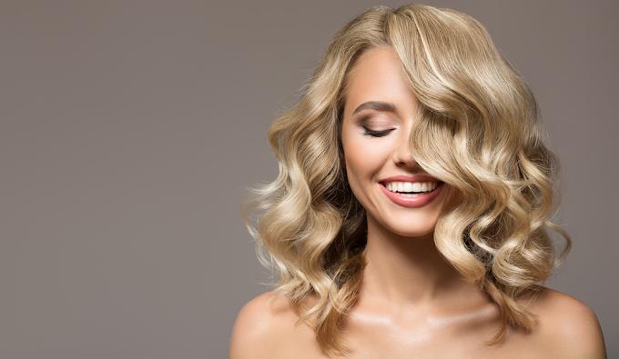 Bathe Hair with Natural Oils