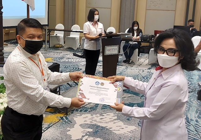 Dekan FBS UNIMA Dr.Donal Matheos Ratu,M.Hum Ucap Terima Kasih
