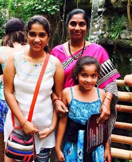 Satya Yamini Singer Family Husband Parents children's Marriage Photos