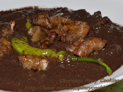 Dinuguan with Chicharon Bulaklak