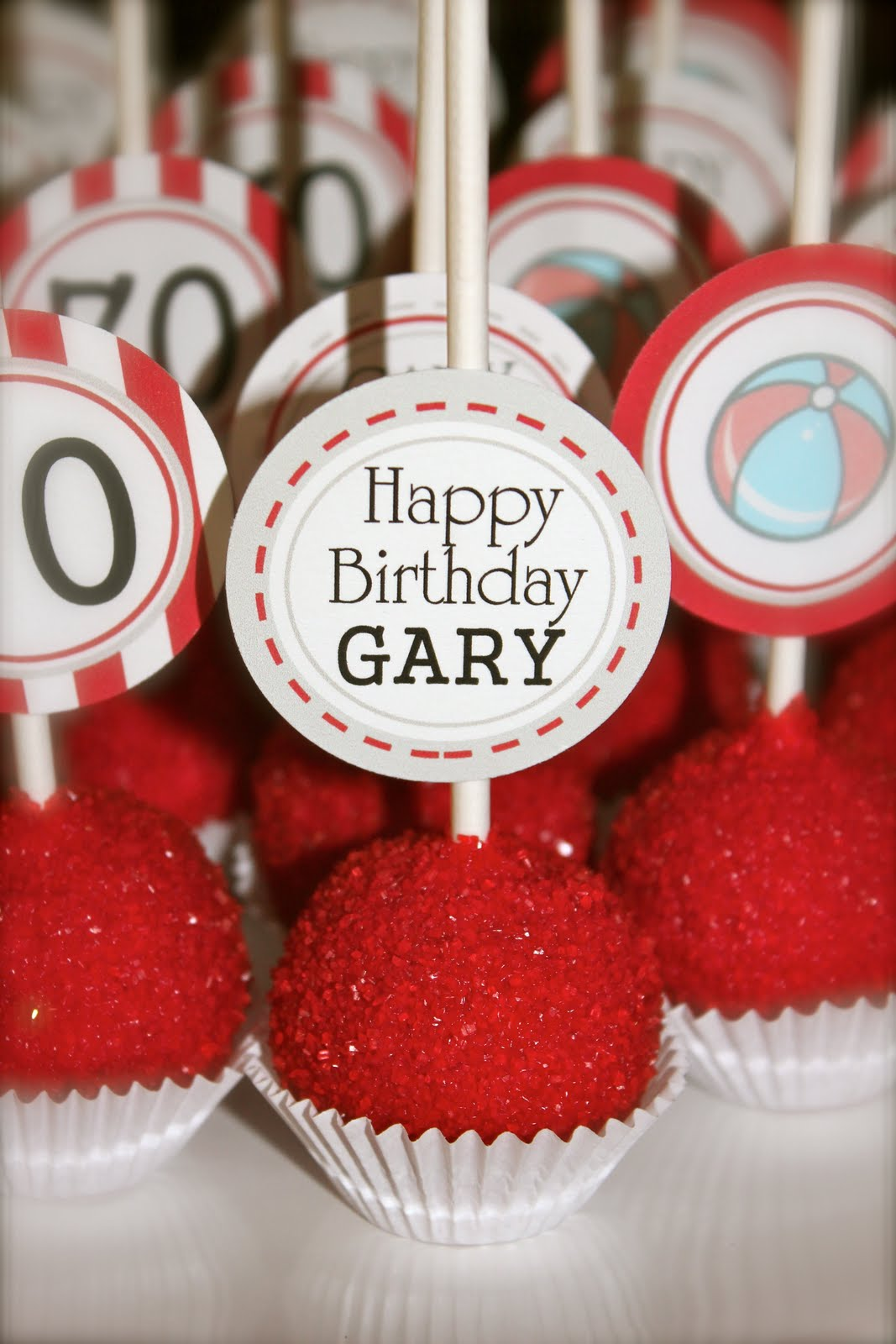Her Bold Events Seventieth Birthday Cake Pop S Happy