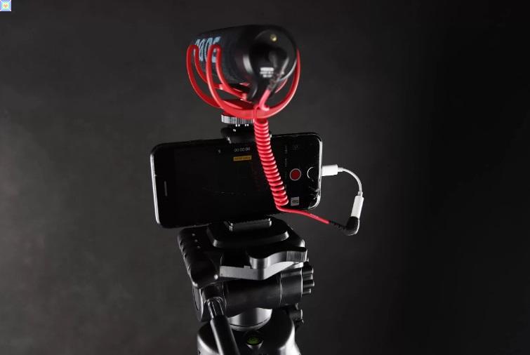 يستحوذ Corsair على EpocCam وهو تطبيق يحول هاتفك الذكي إلى كاميرا ويب للبث