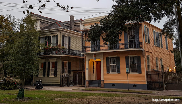 Casarões da Esplanade Avenue, em Nova Orleans