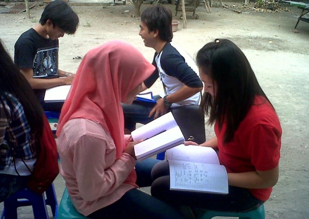 English Practice di VOC Kampung Inggris Pare