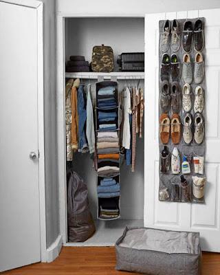 ideas for dorm room storage