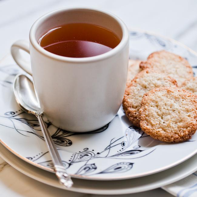 Resultado de imagen de tea with cookies