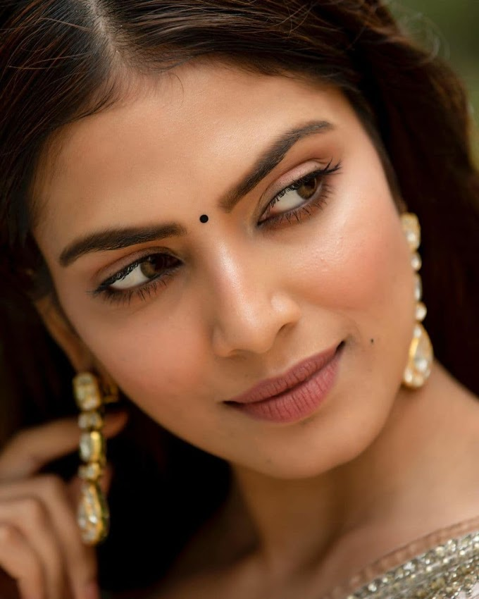 Indian film actress  Malavika Mohanan Latest Pics