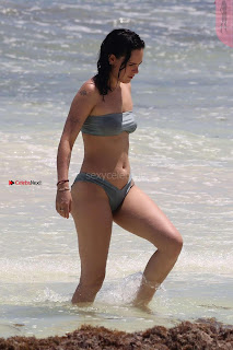 Rumer-Willis-In-Bikini-Seen-at-a-beach-in-Mexico--29+%7E+SexyCelebs.in+Exclusive.jpg
